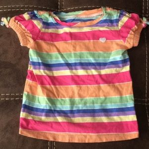 Old navy multi colored t shirt